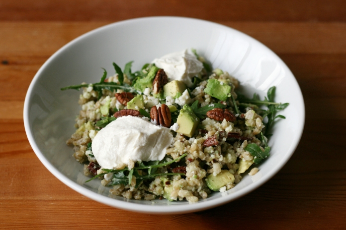 Avocado and pecan barley bowl with yogurt sauce
