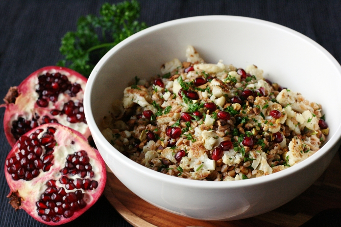 Roasted cauliflower and farro salad with pistachios and pomegranate on alickofsalt.com