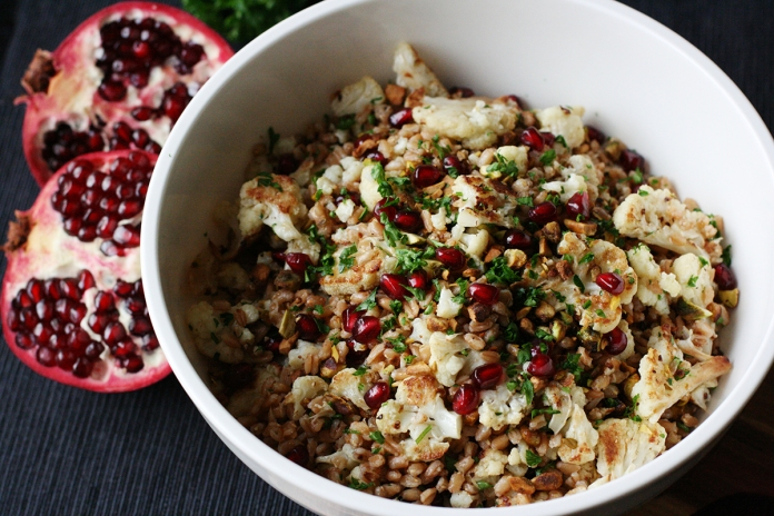 Roasted cauliflower and farro salad with pistachios and pomegranate at alickofsalt.com